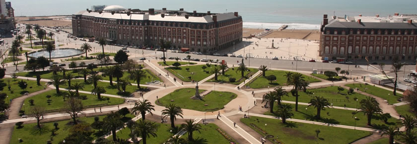 Plaza Colon y Casino de Mar del PLata